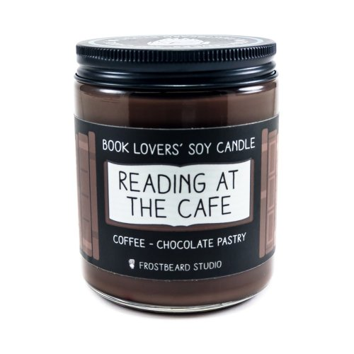 readingatcafe.jpg