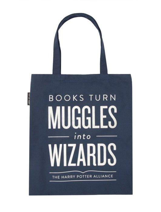 Totes_Books-Turn-Muggles_2048x2048